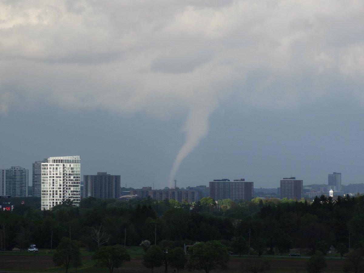 Tornado Hits East Ottawa 183 Ottawastart Com
